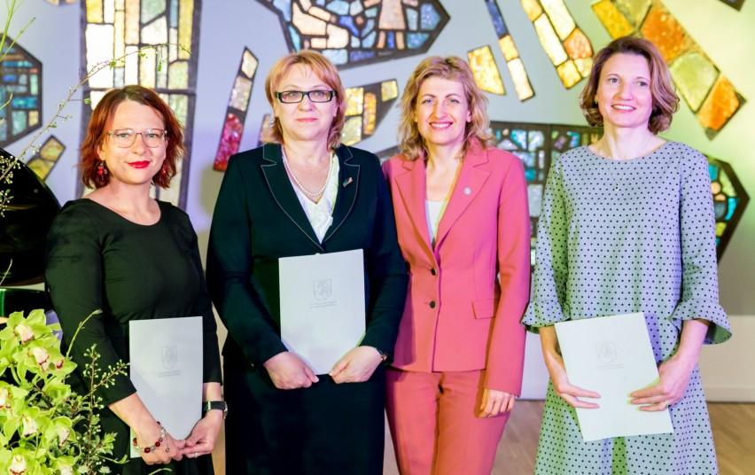 Sveikinimai kolegei dr. Linai Šarlauskienei